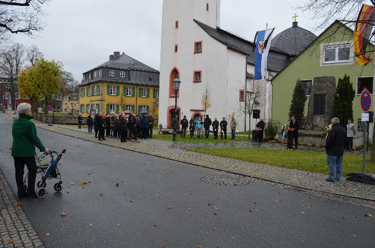 2014-11-1016-berufsschullehrer-volkstrauertag-015