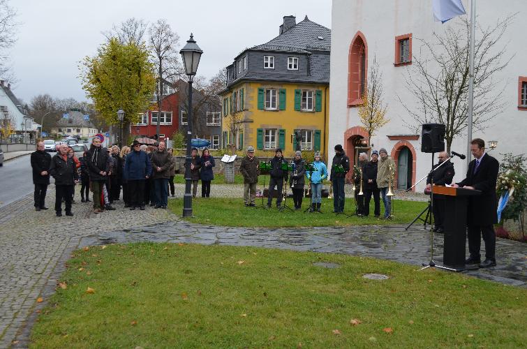 2014-11-1016-berufsschullehrer-volkstrauertag-017